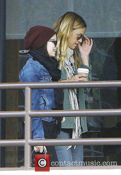 Nicole Richie picks up her daughter, Harlow Winter...