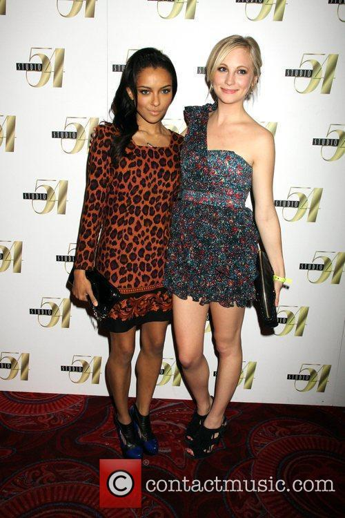 Katerina Graham and Candice Accola 4