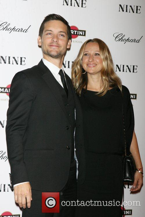 Tobey Maguire and Jennifer Meyer Maguire 1