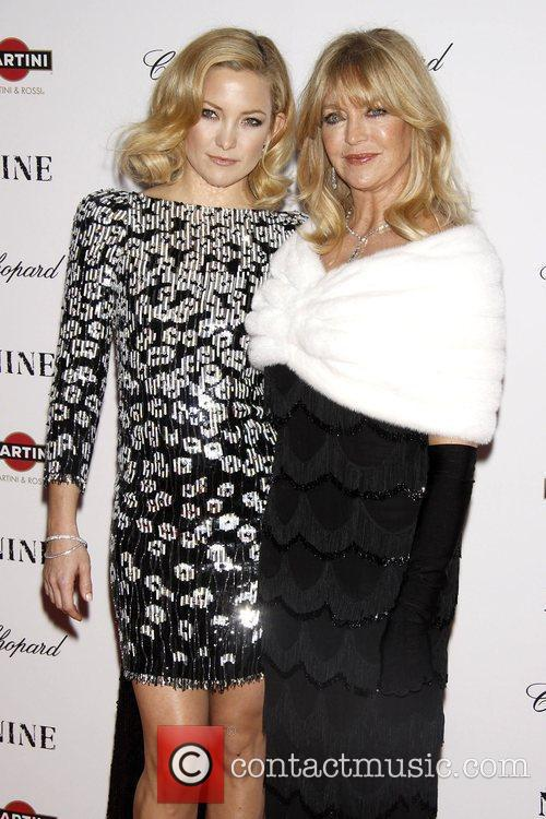 Kate Hudson and Goldie Hawn 10