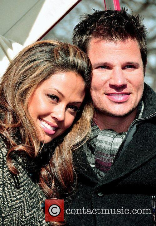 Vanessa Minnillo and Nick Lachey 11