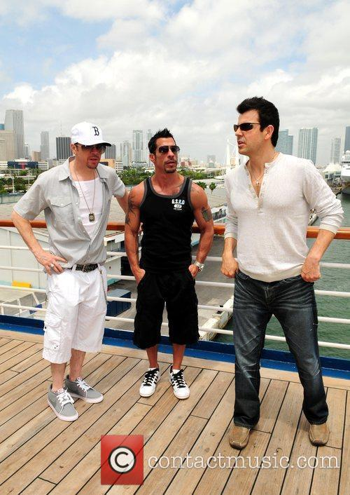 Donnie Wahlberg and Jordan 5