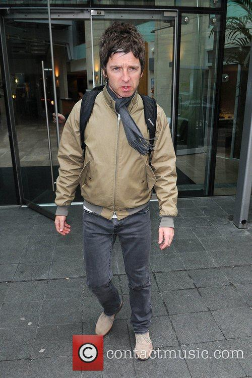 Noel Gallagher leaving the Radisson Edwardian hotel Manchester,...