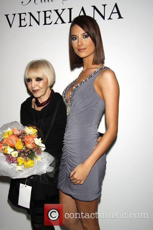 Kati Stern and Miss Universe 2009 Stefania Fernandez...