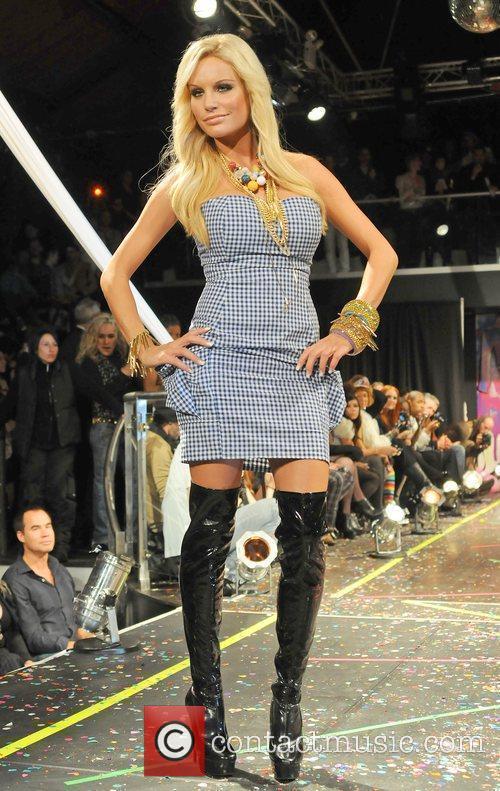 Gina Lisa Lohfink, Richie Rich, New York Fashion Week