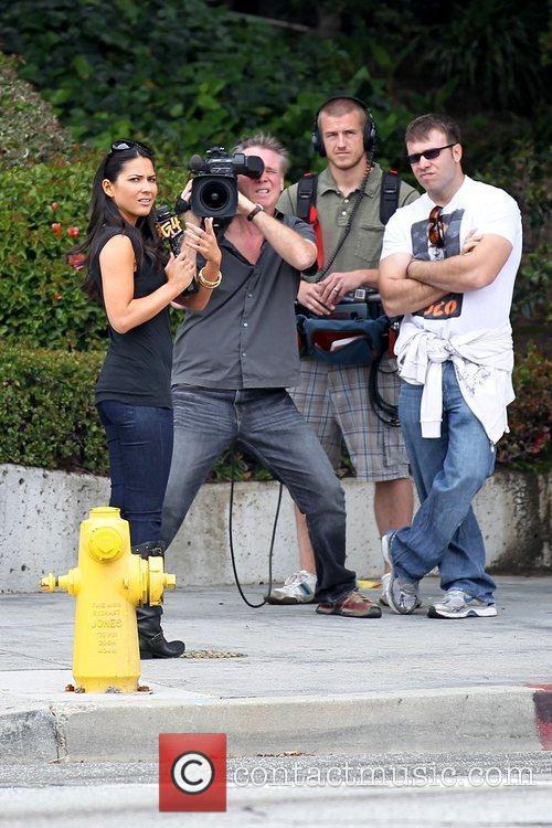 Olivia Munn speaking to the G4 film crew...