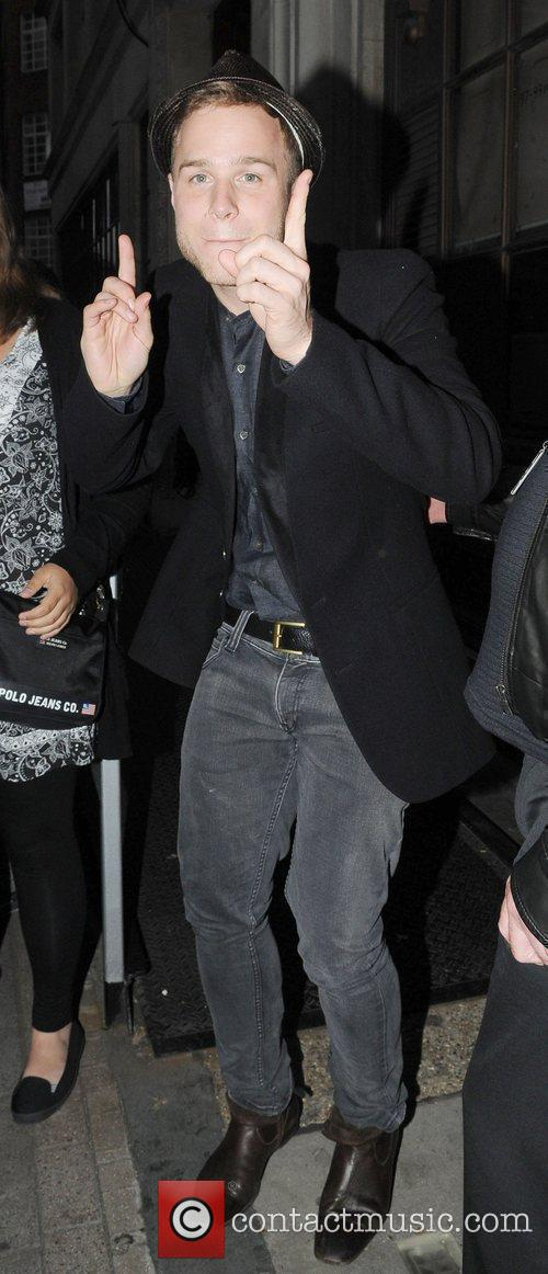 Olly Murs leaves Radio one celebrating his first...
