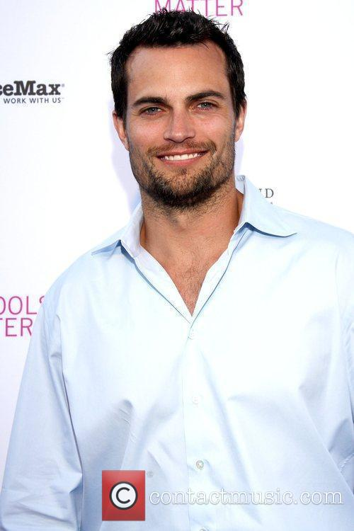 Scott Elrod The Every Monday Matters Foundation presents...