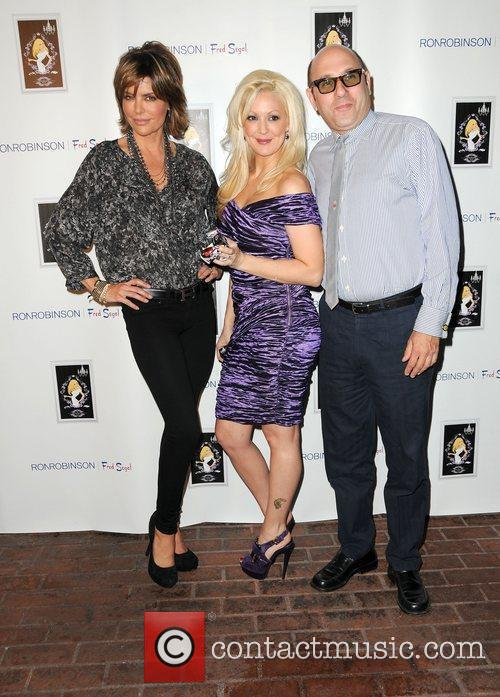 Lisa Rinna, Fred Segal and Willie Garson 5