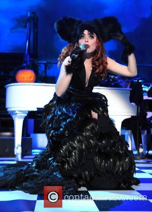 Paloma Faith 24