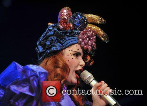 Paloma Faith 16