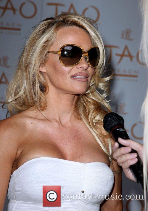 Pamela Anderson and Las Vegas 7