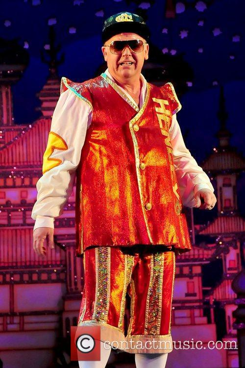 Les Dennis Opening night performance of the Christmas...