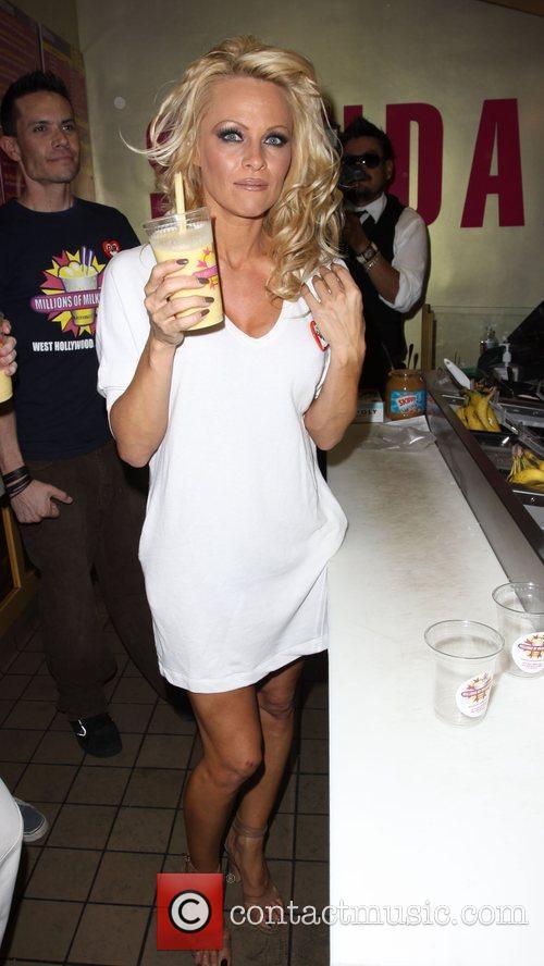 Pamela Anderson 56