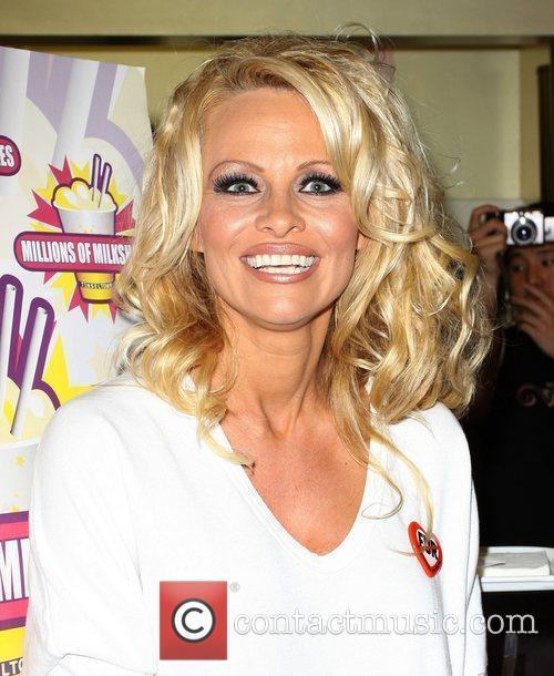 Pamela Anderson 81
