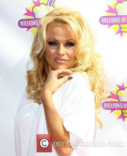 Pamela Anderson 57