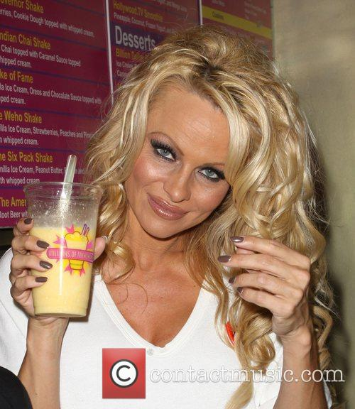 Pamela Anderson 41