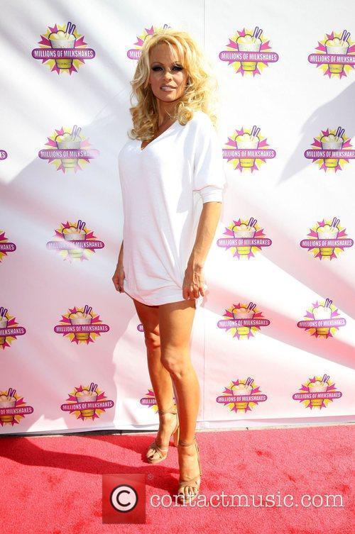 Pamela Anderson 33