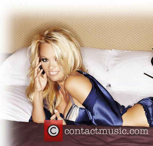 Pamela Anderson, Cameo, Ed Westwick, In The Bedroom