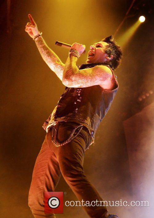 Papa Roach 9