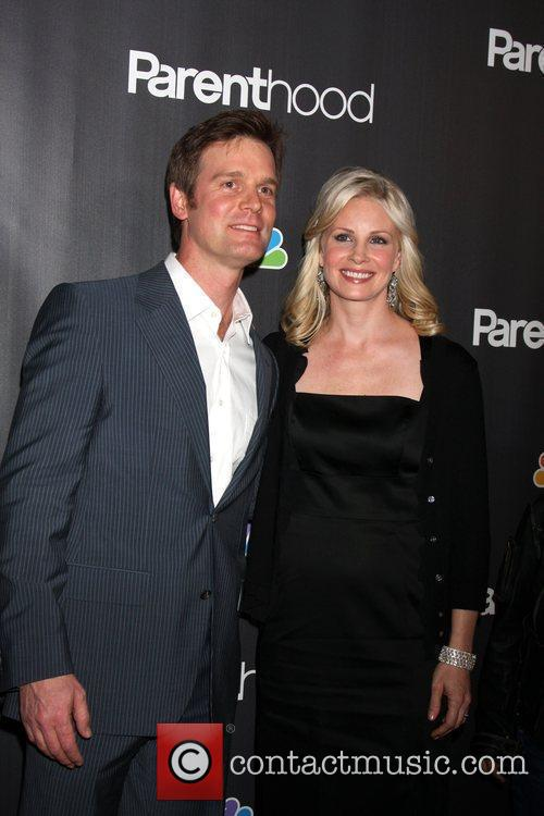 Peter Krause and Monica Potter 8