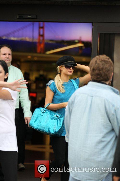 Paris Hilton leaves Samy's after buying a large...