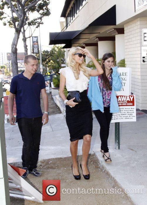 Paris Hilton, Her Brother and Barron Hilton 5