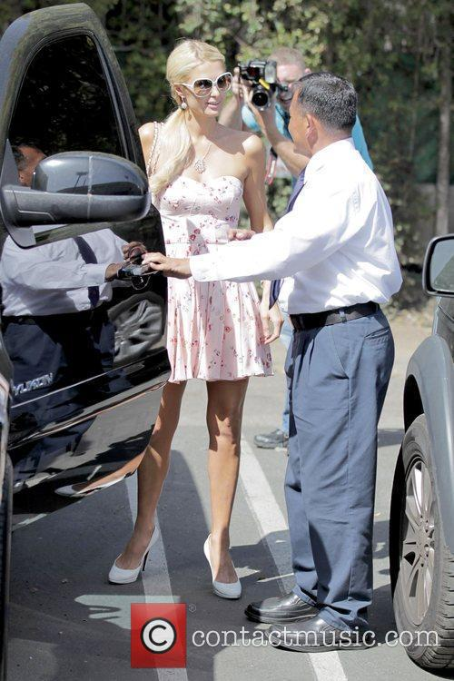 Paris Hilton arriving at Toast in West Hollywood...