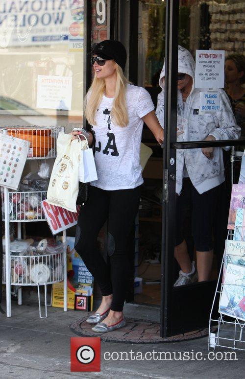 Paris Hilton out shopping at 'Kings Raod Beads'...
