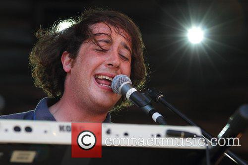 The Wombats and Leaves 3