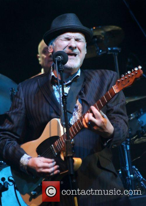 Paul Carrack 16