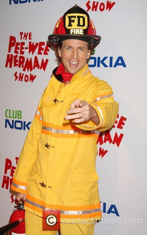 Josh Meyers As Firefighter 5