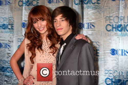 Bella Thorne and Jimmy Bennett 2011 People's Choice...