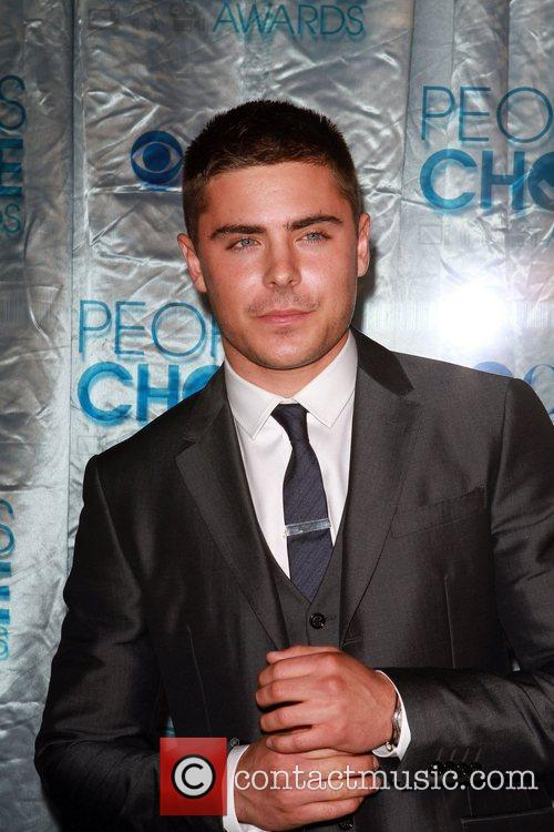 Zac Efron 2011 People's Choice Awards at Nokia...