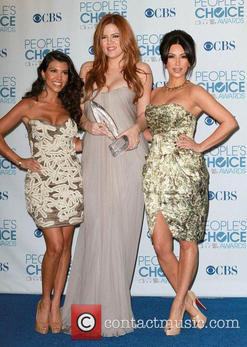 Kourtney Kardashian, Khloe Kardashian and Kim Kardashian 5