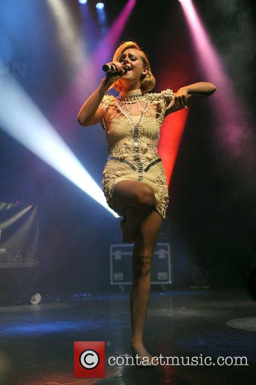 Diana Vickers 3