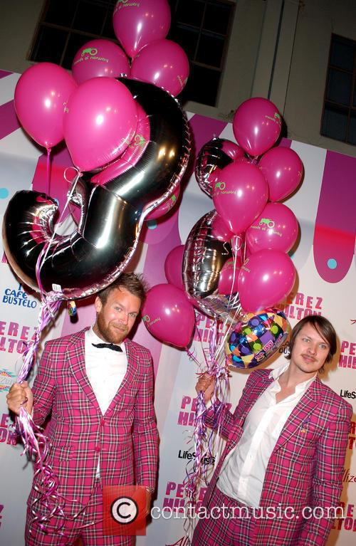 Guests Perez Hilton's 'Carn-Evil' Theatrical Freak and Funk...