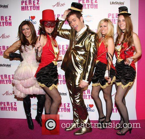 Perez Hilton with female models Perez Hilton's 'Carn-Evil'...