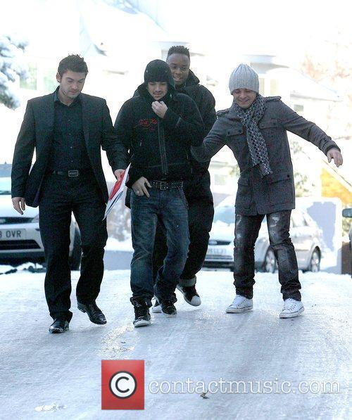 Peter Andre and his entourage try to navigate...