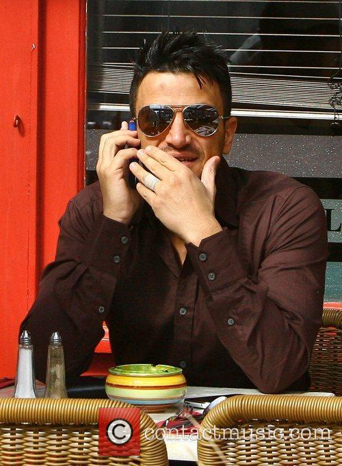 Peter Andre goes for lunch at Topolino Brighton,...