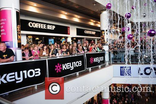 Peter Andre fans Peter Andre performs at the...