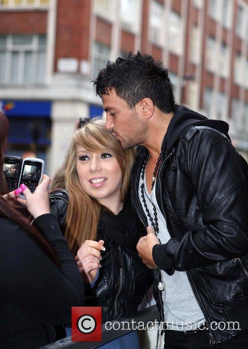 Peter Andre and Leaves 17