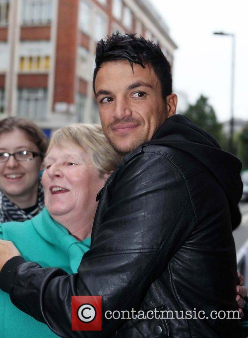 Peter Andre and Leaves 1