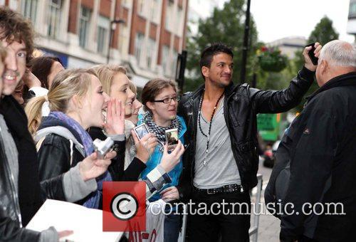 Peter Andre and Leaves 6