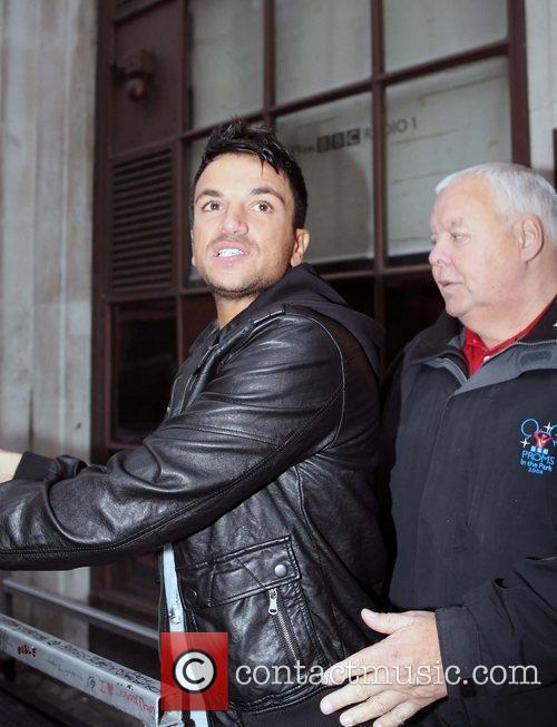 Peter Andre and Leaves 5