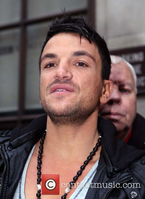 Peter Andre and Leaves 8