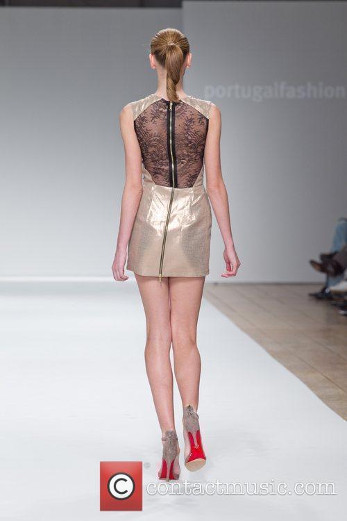 Model Portugal Fashion Week Spring/Summer 2011 - Diogo...