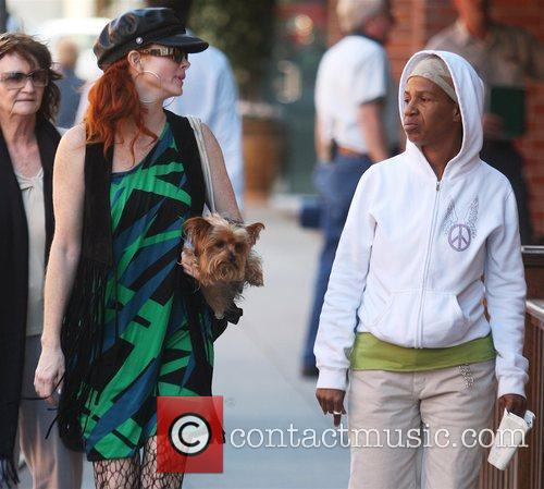 Phoebe Price walks with Queen On The Scene...