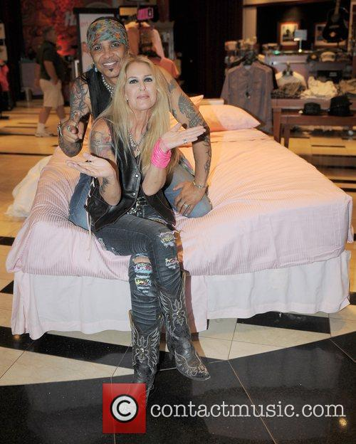 Lita Ford and Micki Free Pinktober event to...