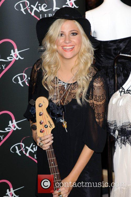 Pixie Lott and Fraser 10
